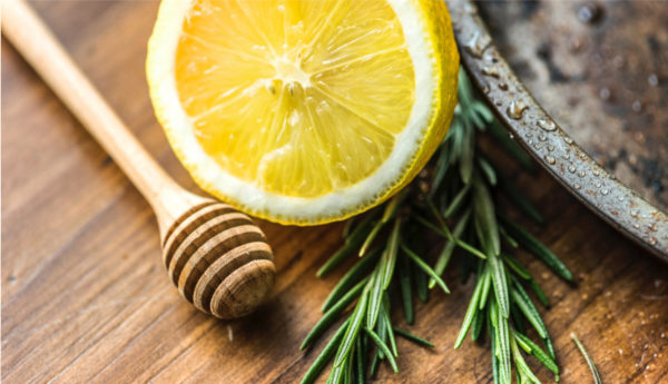 2 sprigs or rosemary, half a lemon and a wooden honey spoon